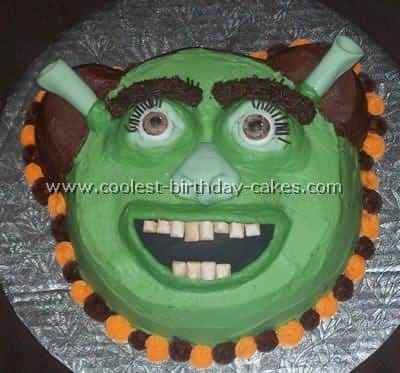 Fine Why Are All Shrek Cakes So Utterly Hilarious Cookywooks Blog Funny Birthday Cards Online Elaedamsfinfo